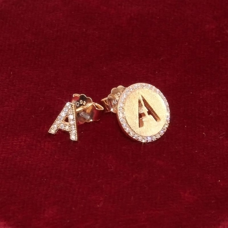 Earrings with initial
