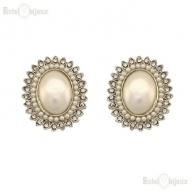 Oval Pearl Clip Earrings
