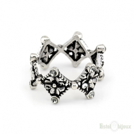 4 Leaf Clover and Rhomb Ring