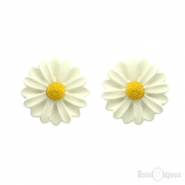 Chamomile Flower Stud Earrings