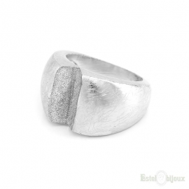 Modern Style Ring