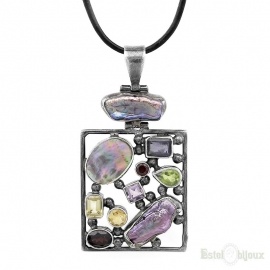 Mother of Pearl and Stones Necklace