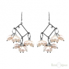 Cluster Rose Pearls River Silver Earrings